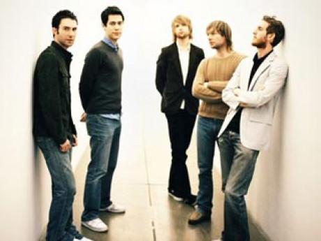Download lagu fortune teller maroon 5